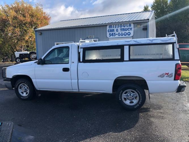 2004 Chevrolet Silverado 1500 Long Bed 4WD 5 speed manual
