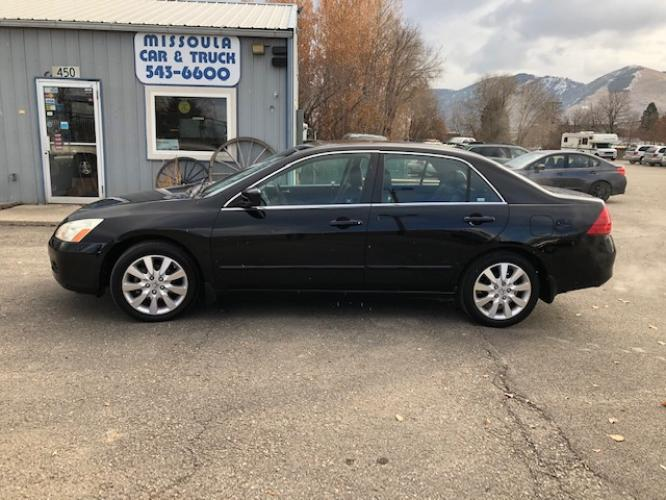 2007 Honda Accord EX-L V-6 Sedan AT (1HGCM66507A) with an 3.0L V6 SOHC 24V engine, 5-Speed Automatic Overdrive transmission, located at 450 N Russell, Missoula, MT, 59801, (406) 543-6600, 46.874496, -114.017433 - Photo #0