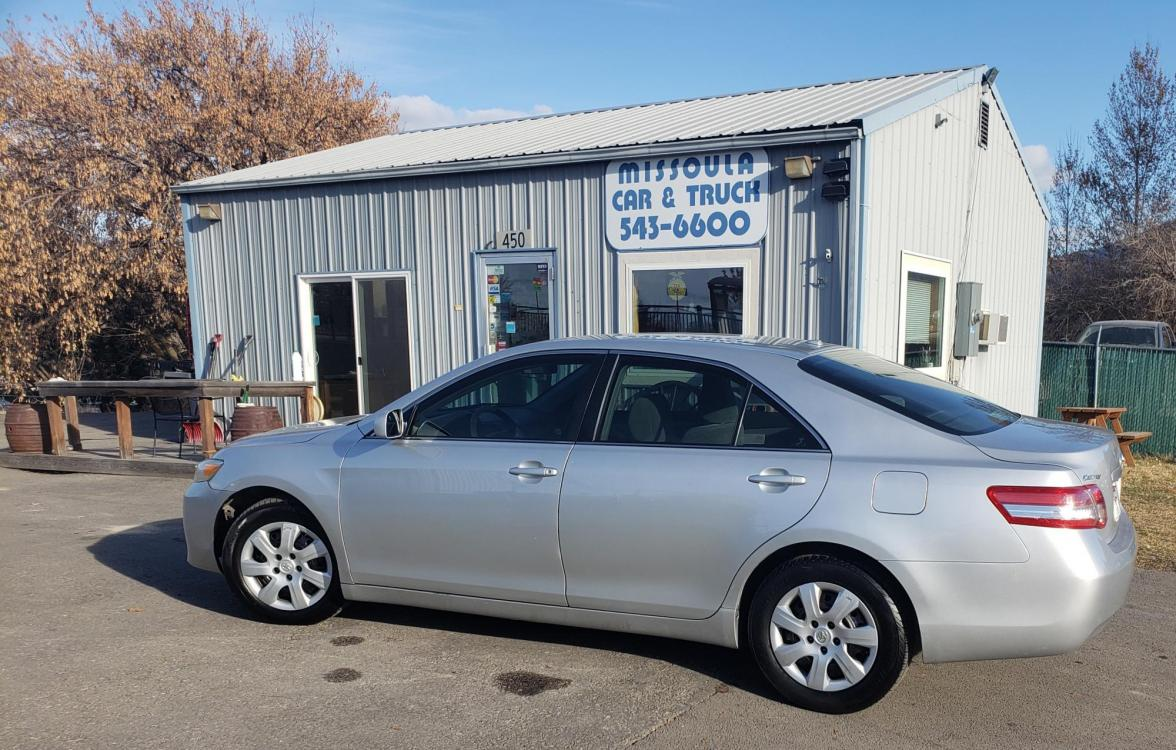 2010 silver /Grey Toyota Camry