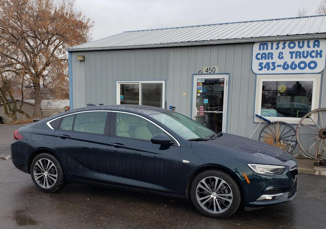 2018 Green /tan leather Buick Regal Essence AWD (W04GR6SX2J1) with an 2.0L L4 DOHC 16V engine, 8A transmission, located at 450 N Russell, Missoula, MT, 59801, (406) 543-6600, 46.874496, -114.017433 - Photo #0